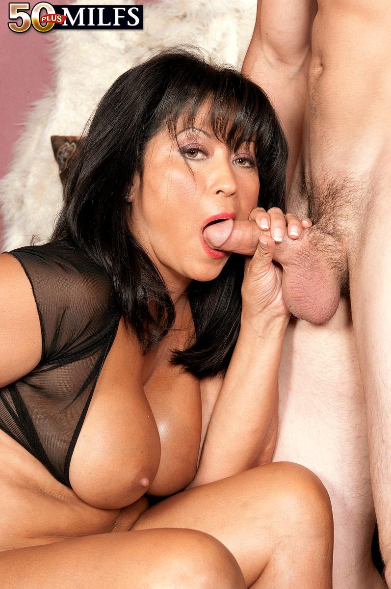 raven haired sexy milf over 50 shows her pussy and sucks young hard cock