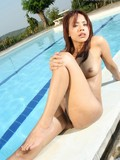 asian-chick-takes-off-her-bikini-and-spreads-her-legs-in-the-middle-of-the-pool