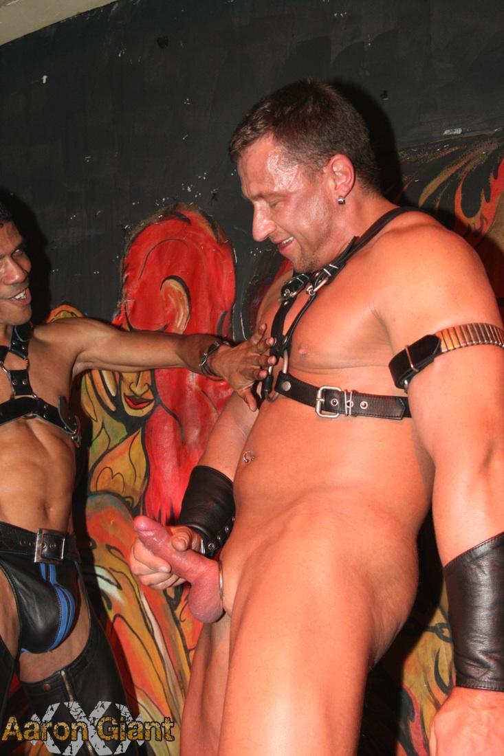 Aaron giant gay porn