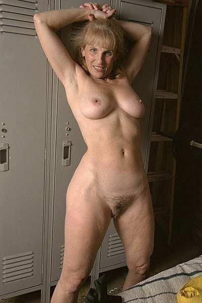Голые старушки  эротические фото голых старух