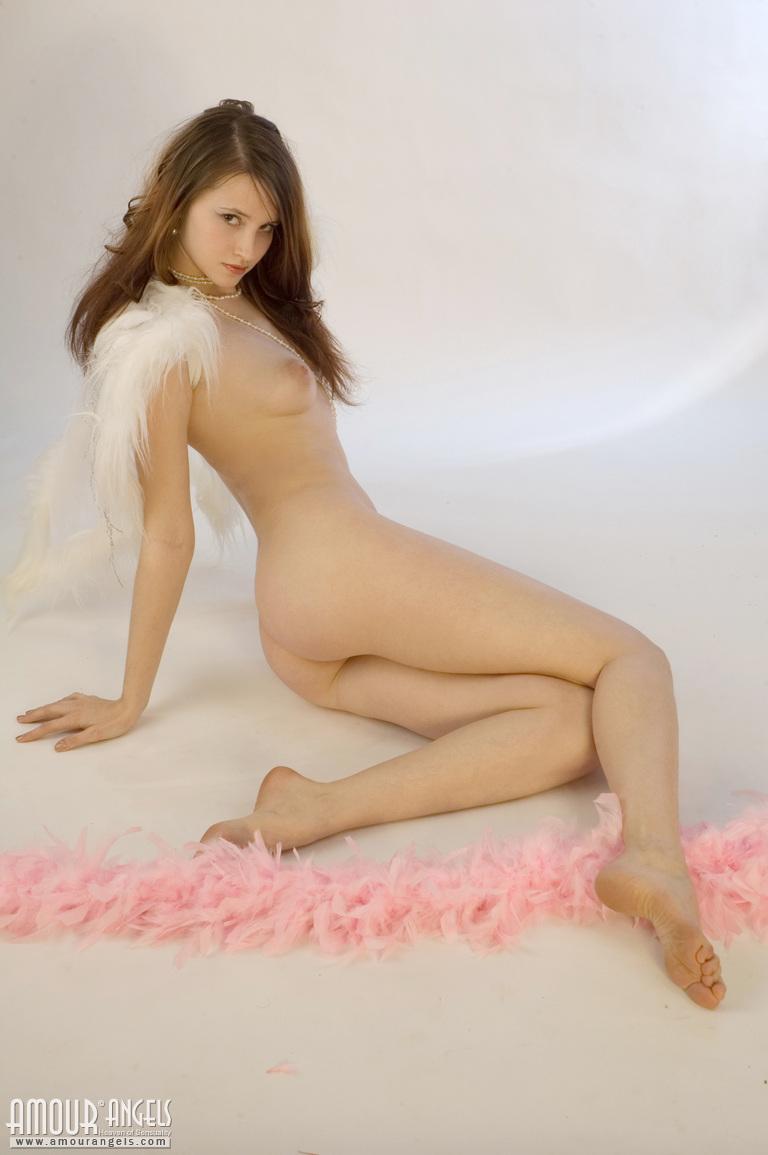 Models posing nude video angels