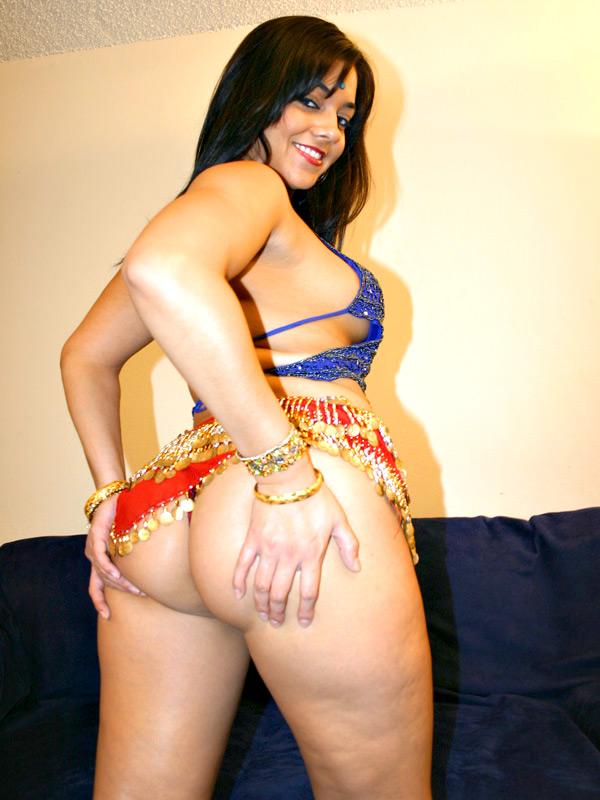 arab-curvy-nude-woman-salma-hayek-sex-nude