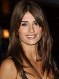charming-penelope-cruz-makes-no-secret-of-her-cute-boobies-in-sex-scenes