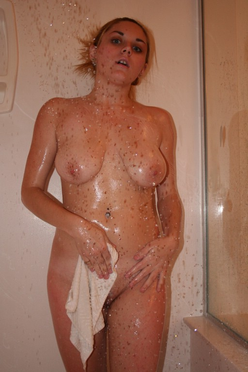 Shiny blond babes loving at the