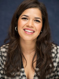 dark-haired-celeb-lady-america-ferrera-gives-a-breathtaking-smile-in-these-pics