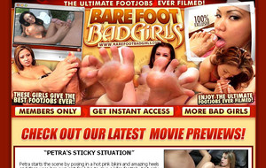 bare-foot-bad-girls
