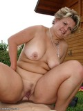 plump-mother-poses-naked-outdoors-and-gets-hardcore-fucked-by-slim-boy
