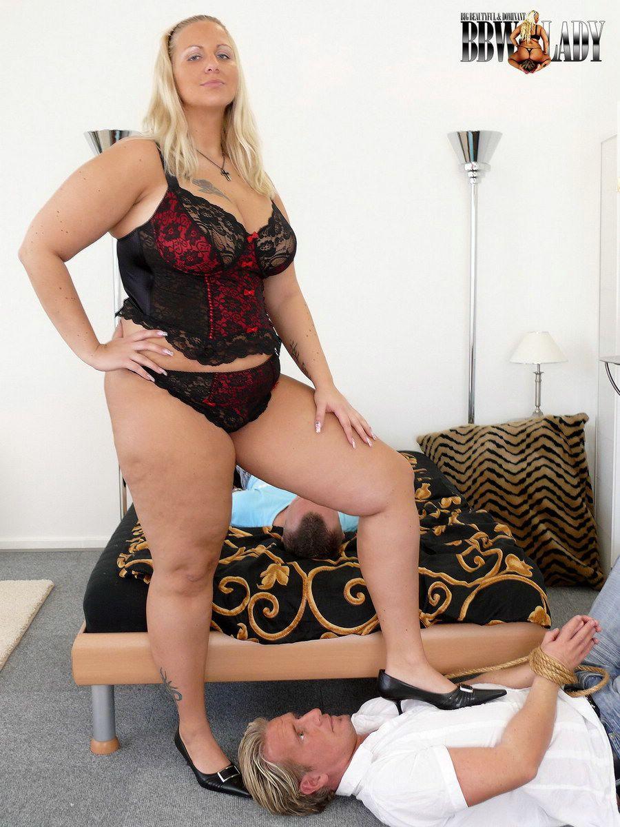 hot girls having porn