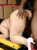 fat-white-slut-in-white-shoes-gets-fucked-doggy-style-by-chocolate-skinned-dude