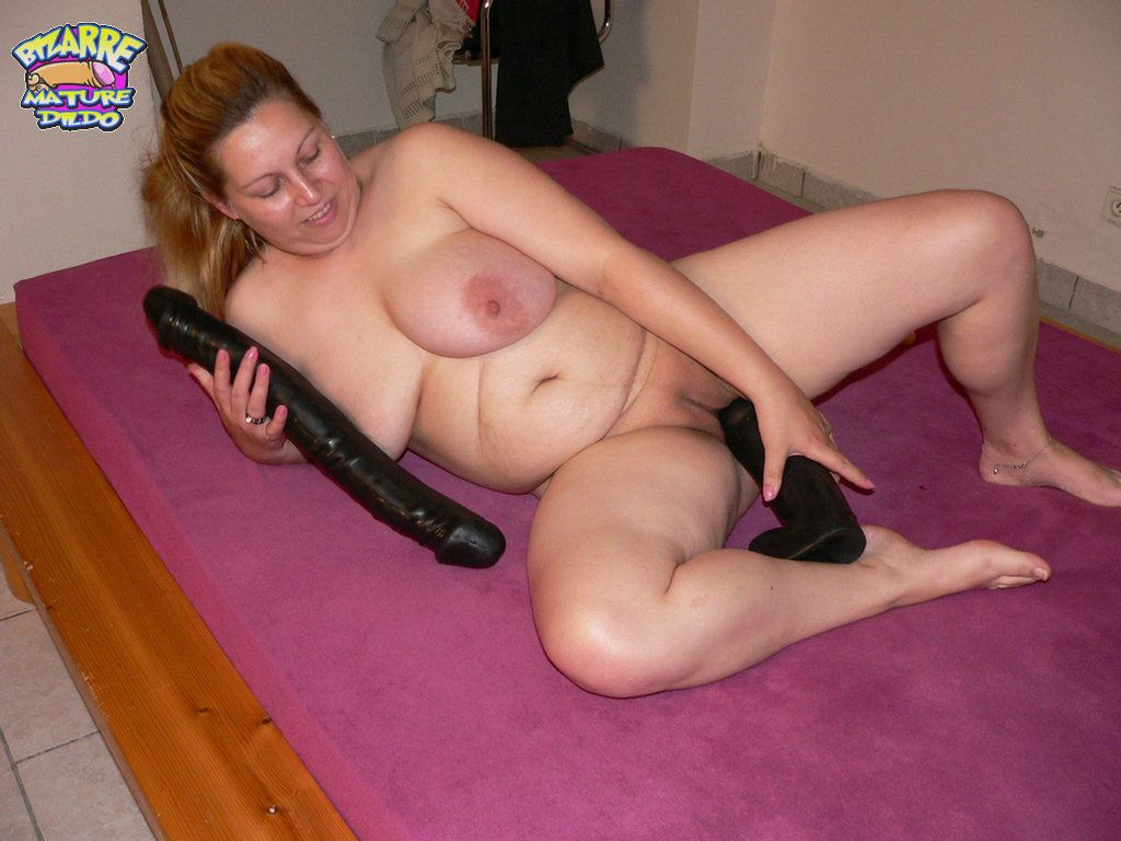 mature sex Bizarre dildo