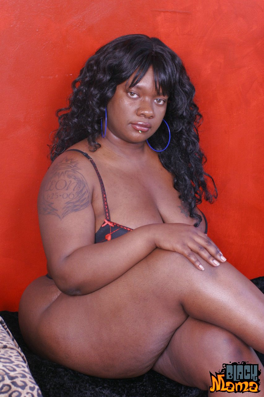 show-big-black-thick-pussy-nude