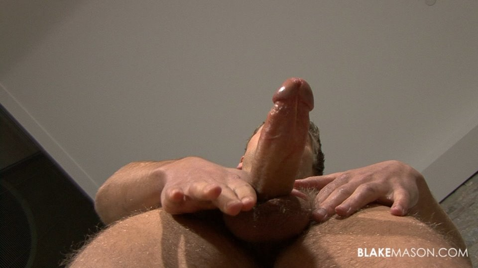 Black dude gets his cock sucked by a blonde hottie 4