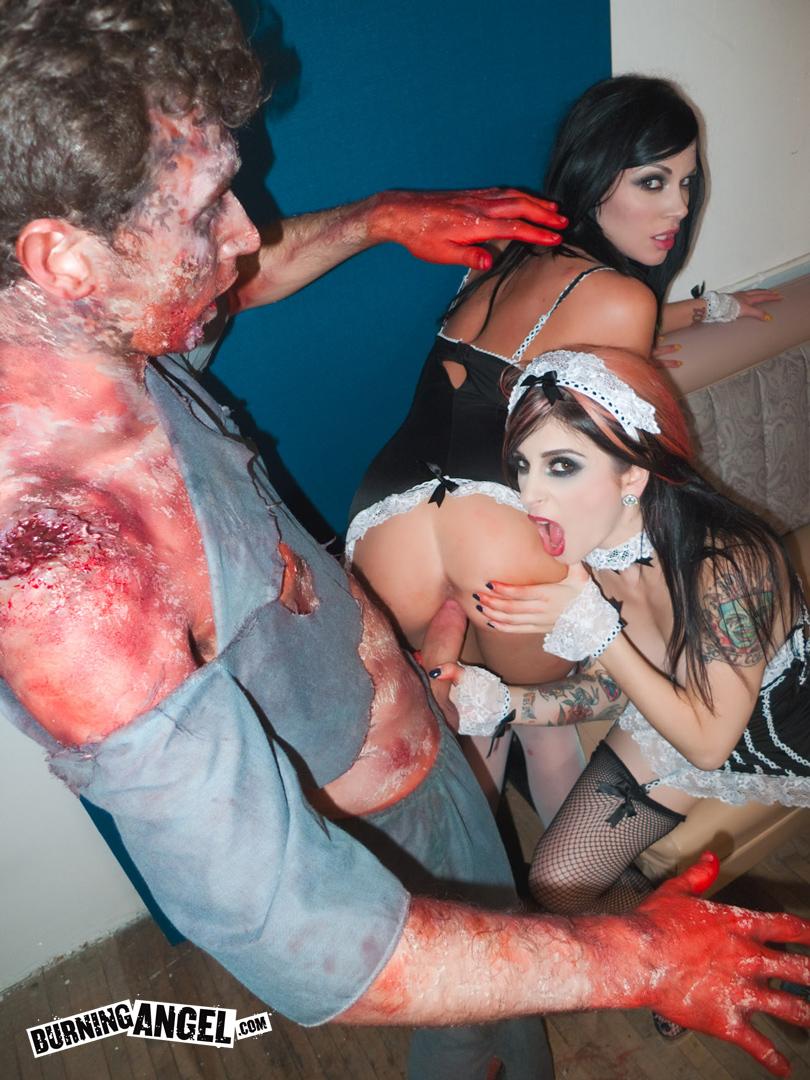 Минет порно зомби