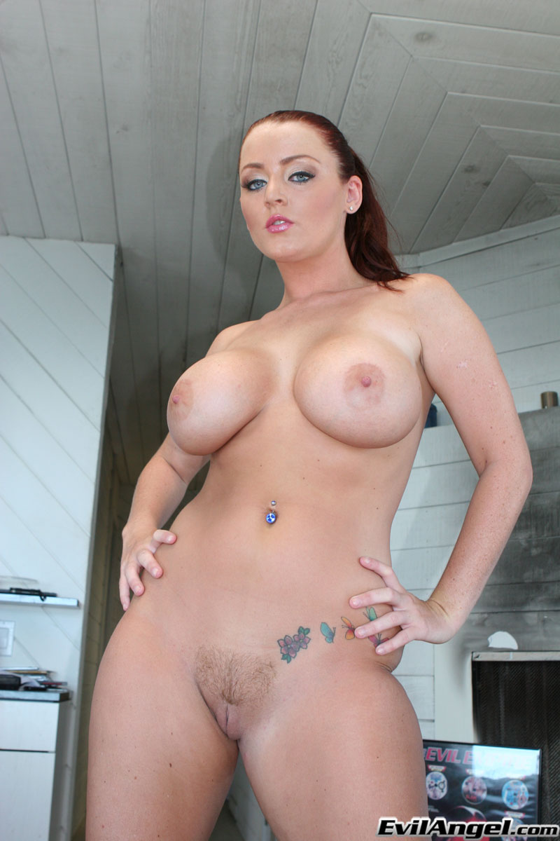 Gonzo Big Tits - Curvy babe with huge tits and big ass strips naked and plays with butt plug