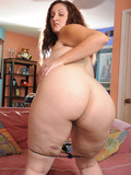 big-titted-chunky-brunette-gets-nude-and-takes-throbbing-rod-in-her-shaved-pussy