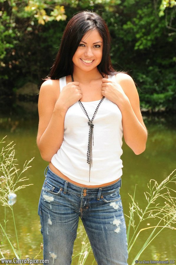 Beautiful Latina Brunette In Tight Jeans And Panties Shows