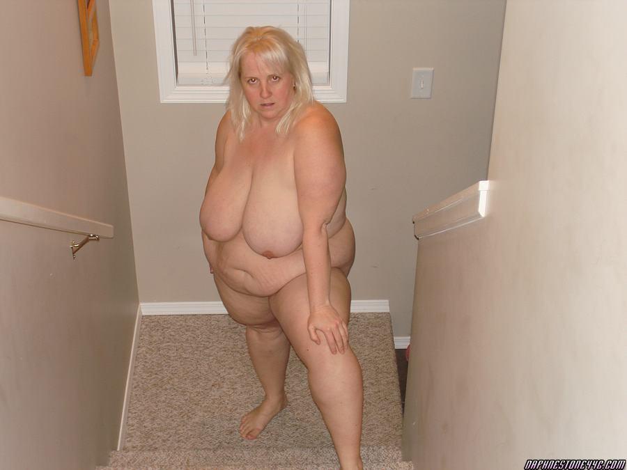 fat-bottom-naked-male-black-bodybuilders-pics