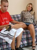 bald-pussy-blonde-gets-her-toes-fondled-and-gives-amazing-footjob-to-her-boyfriend