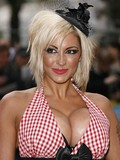 blonde-celebrity-jodie-marsh-with-huge-round-boobs-shows-her-mouth-watering-cleavage