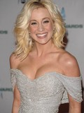 sexy-celebrity-kelly-pickler-wears-short-dress-blue-jeans-and-bikini-in-these-pics