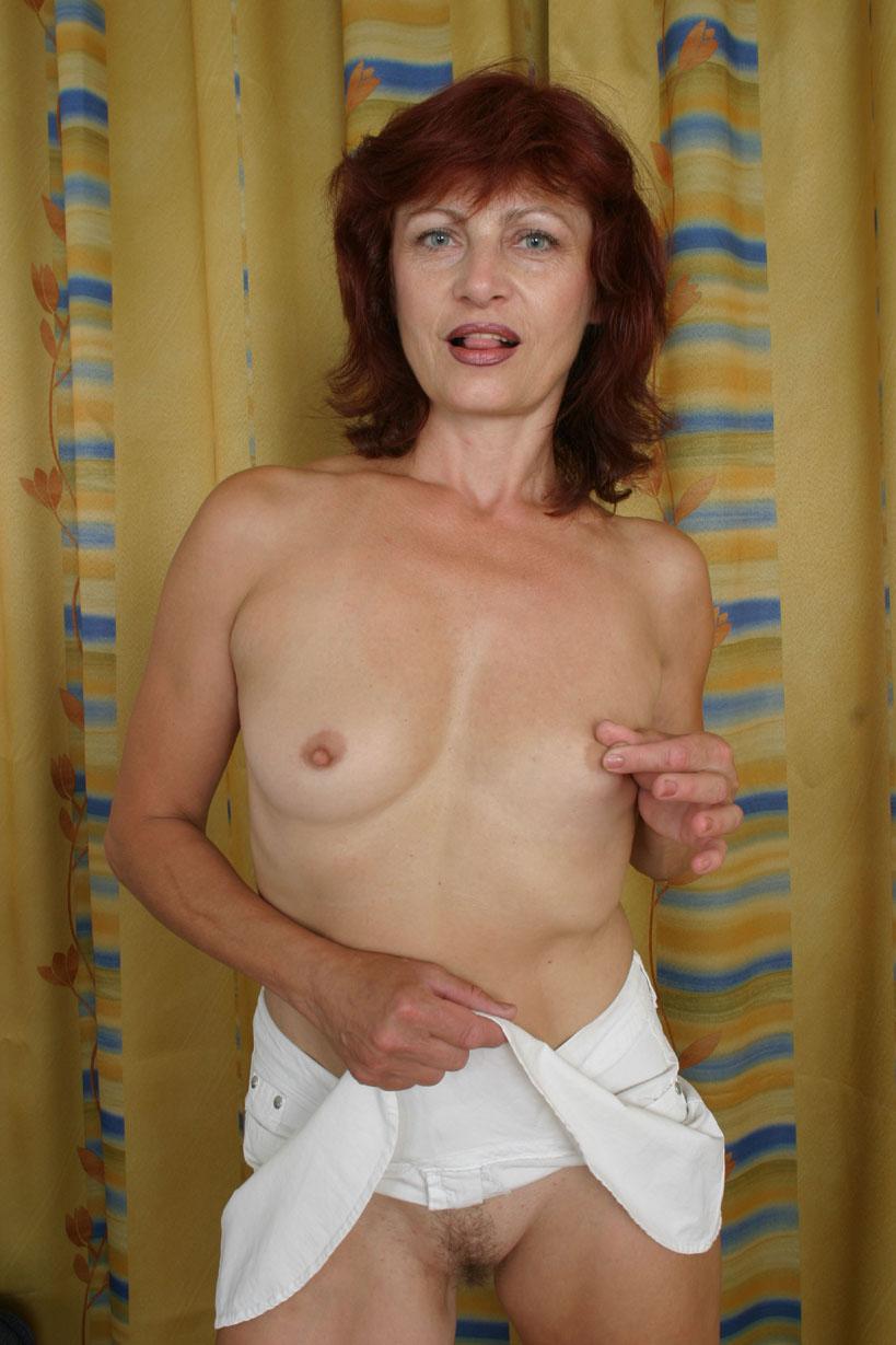 mature-plus-pussy-feet-nude-girls