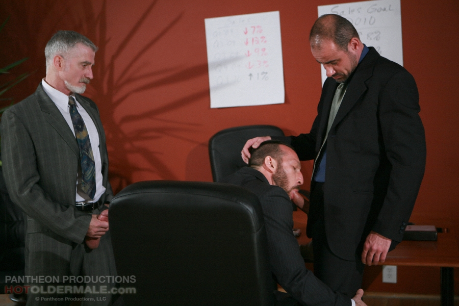 Mature gay threesome porn