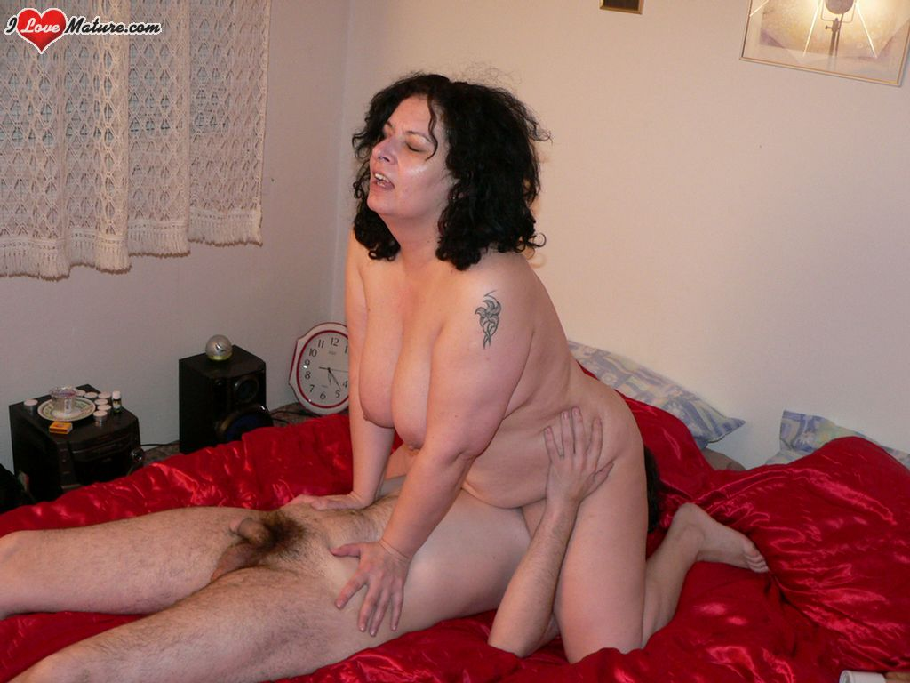 milf first time creampie