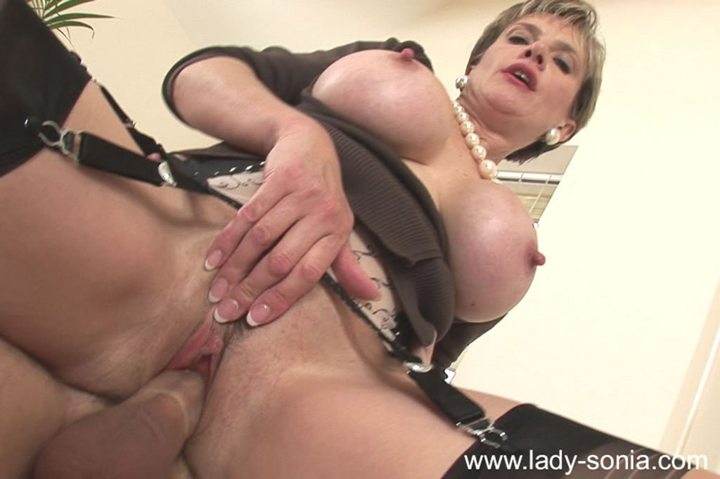 Classy brit mature sucking and jerking cock 4