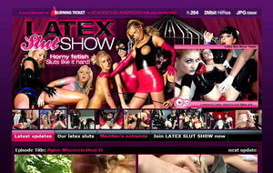 latex-slut-show