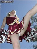 blonde-haired-pigtailed-cheer-girl-flashes-her-tits-and-pussy-on-the-field