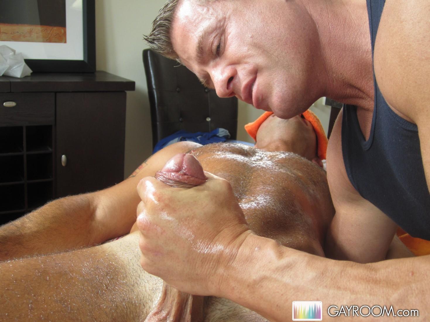 Hot Muscle Gay Massage