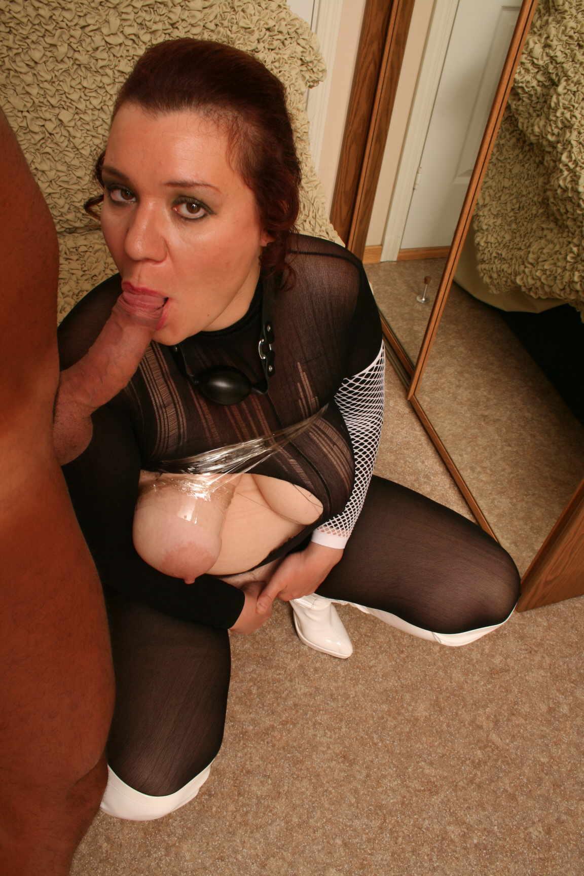 Mature Adultress 19