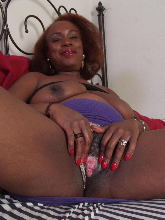 Black woman pussy videos