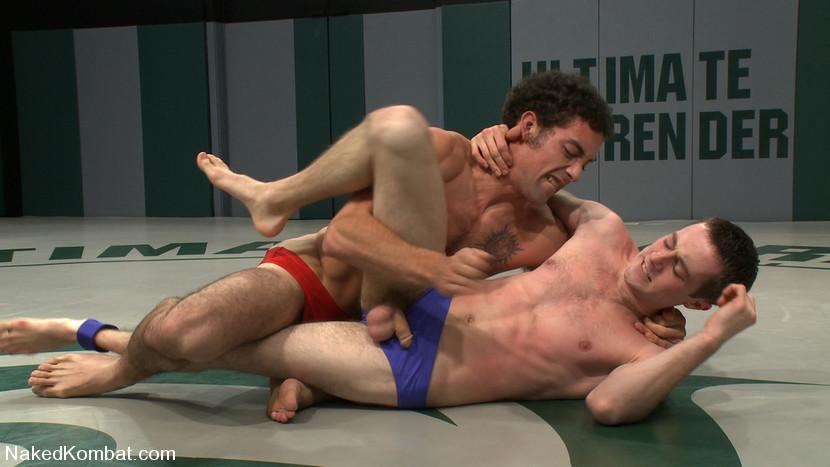 Секс парней на ринге