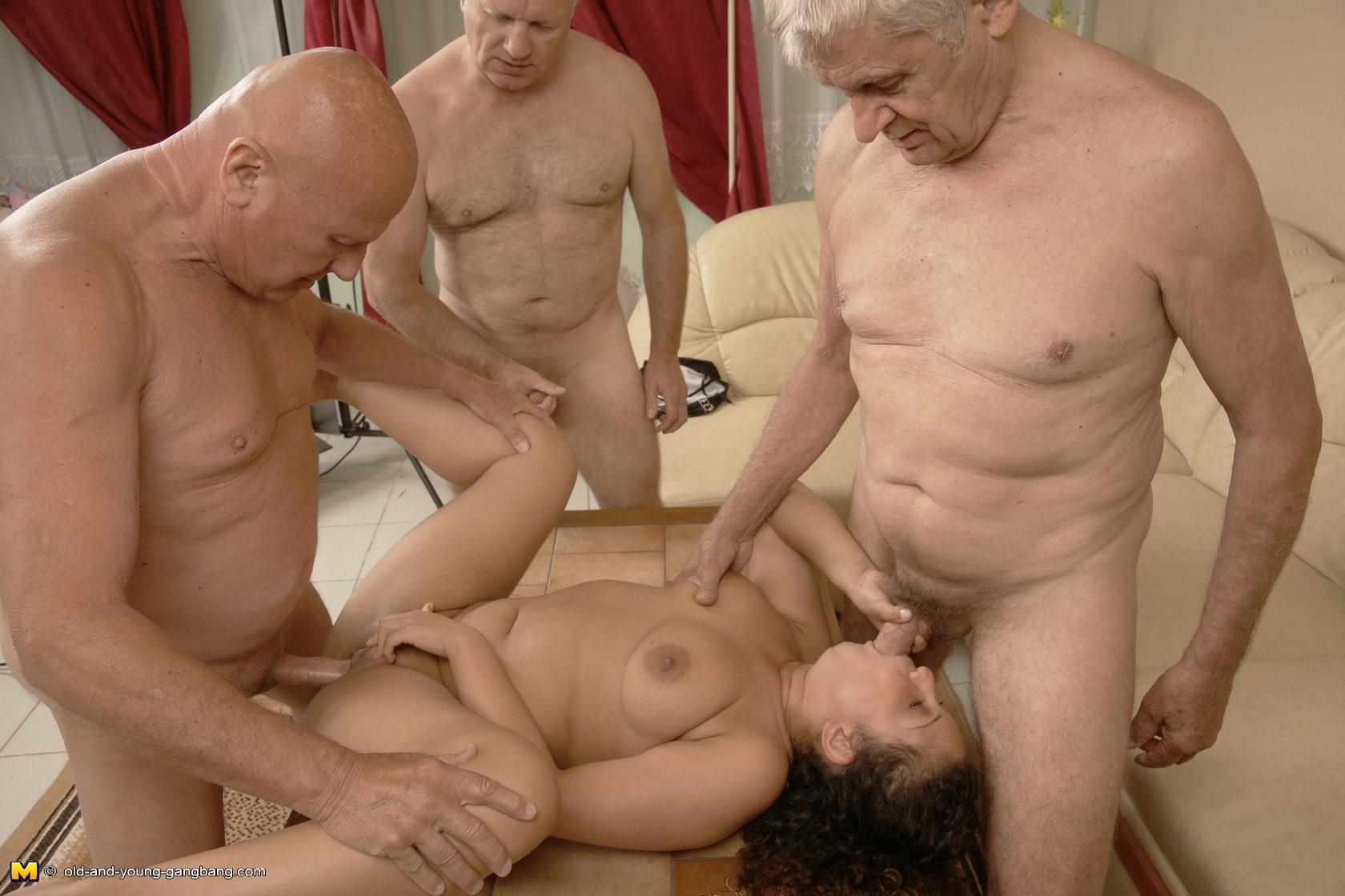 Медленно, как порно геи дед и внук Кахети