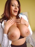 sinfully-sexy-milf-with-big-boobs-and-well-shaped-ass-gets-completely-nude