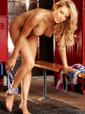 charming-blonde-jillian-grace-brightly-smiles-knows-she-s-perfect-when-naked
