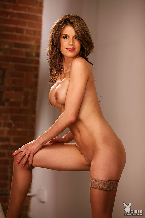 Bush wins nude girls