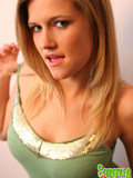lovely-blonde-babe-samantha-is-eager-to-show-her-full-juicy-tits-and-applecheeked-ass