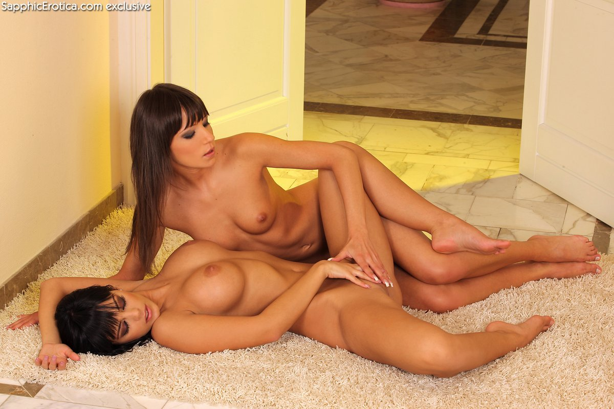 Brunettes playing their toys and a huge cock 10