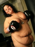 plump-boxer-takes-off-her-xxxl-leopard-underwear-and-shows-her-fat-body