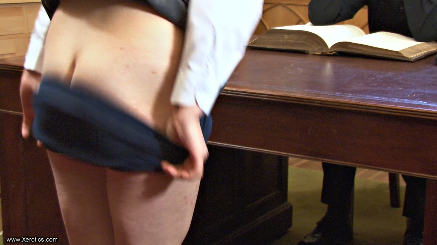 males showing their penis