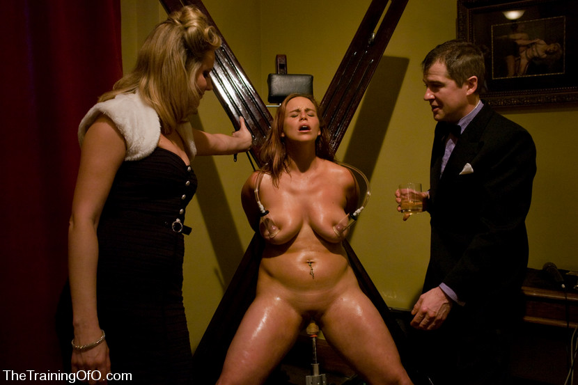 hacking-bondage-party-girls-strapon