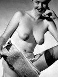 natural-vintage-beauties-pose-in-lingerie-in-these-black-and-white-gallery