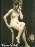 shameless-models-of-the-past-pose-nude-showing-off-their-nice-vintage-bodies