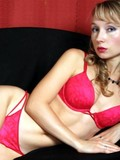 this-is-the-hot-webcam-session-with-sexy-doll-giving-the-nasty-online-shows