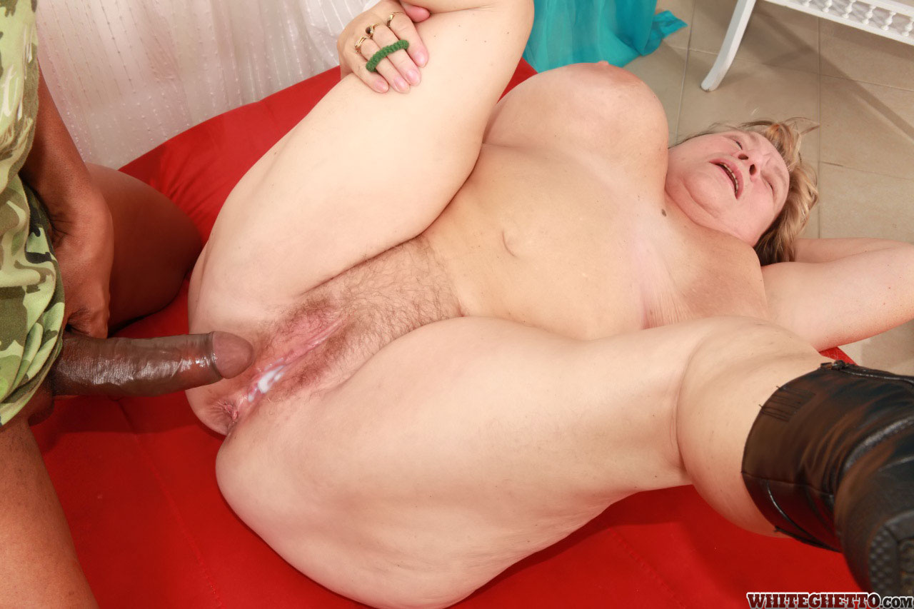 fat heavy titted granny in black boots gets her hairy cunt banged