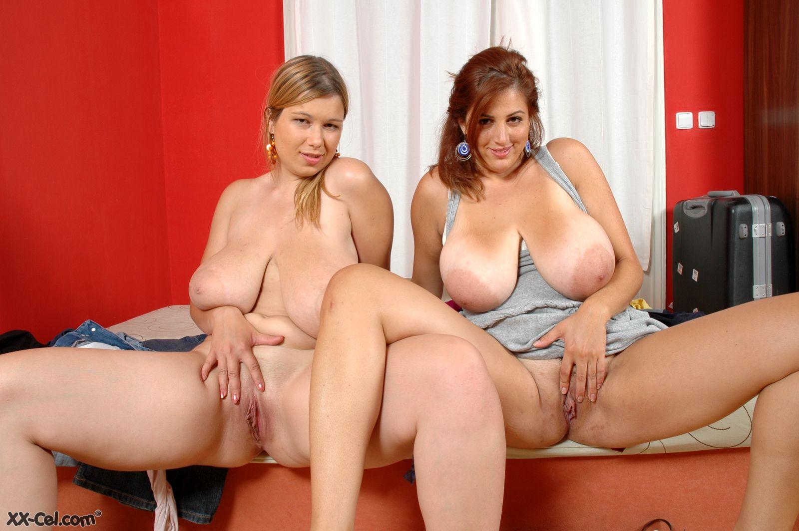 Молодые толстушки лесбиянки